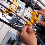 DIYの役に立つと信じて電気工事士免許の取得を目指すことにしました。